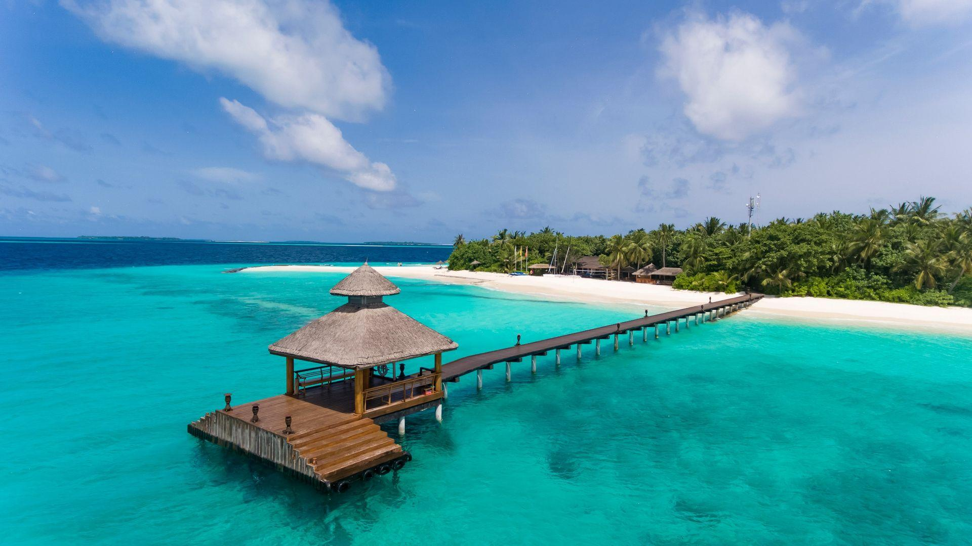 4* Reethi Beach Resort