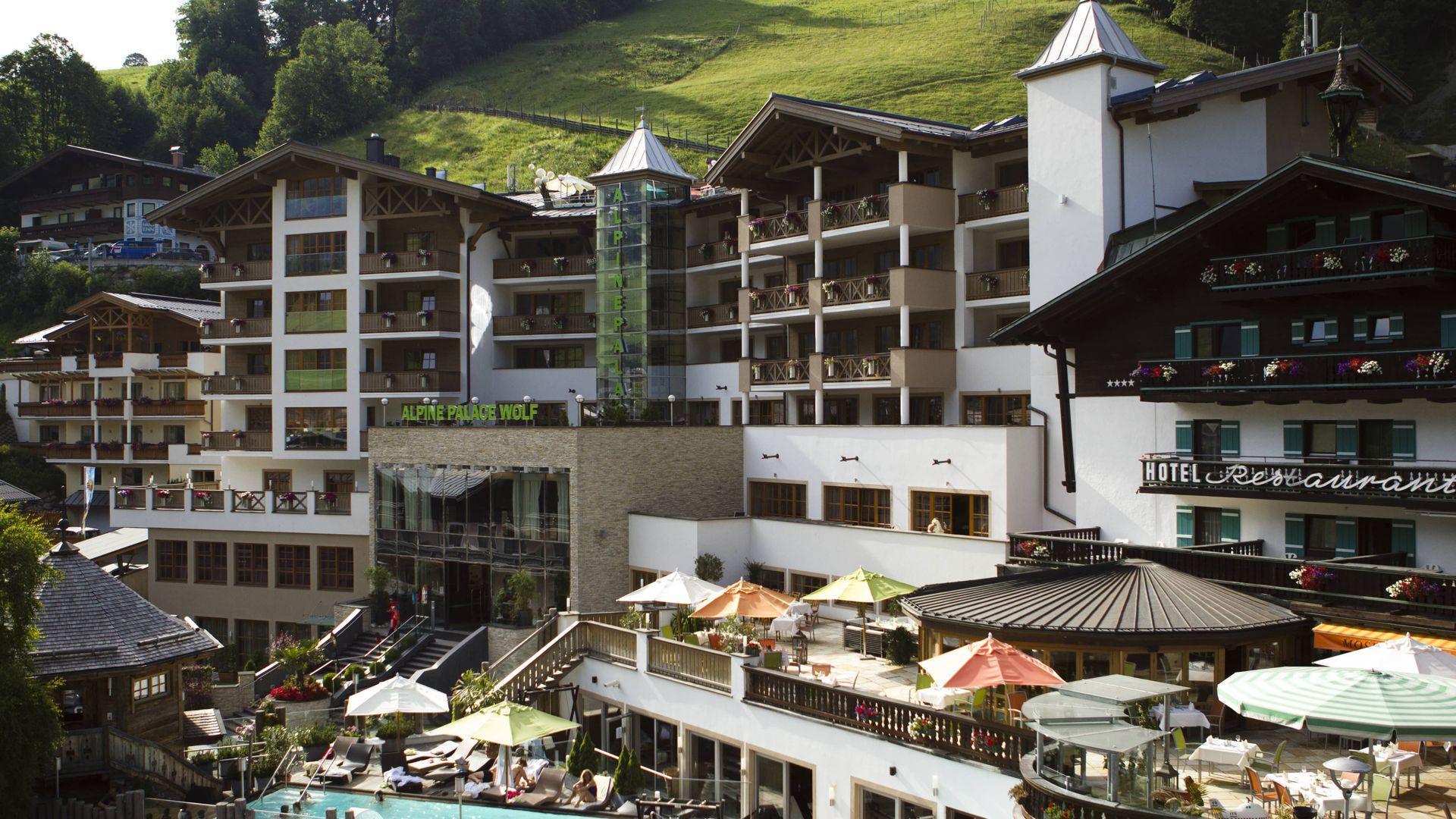 5*S Alpine Palace Hotel