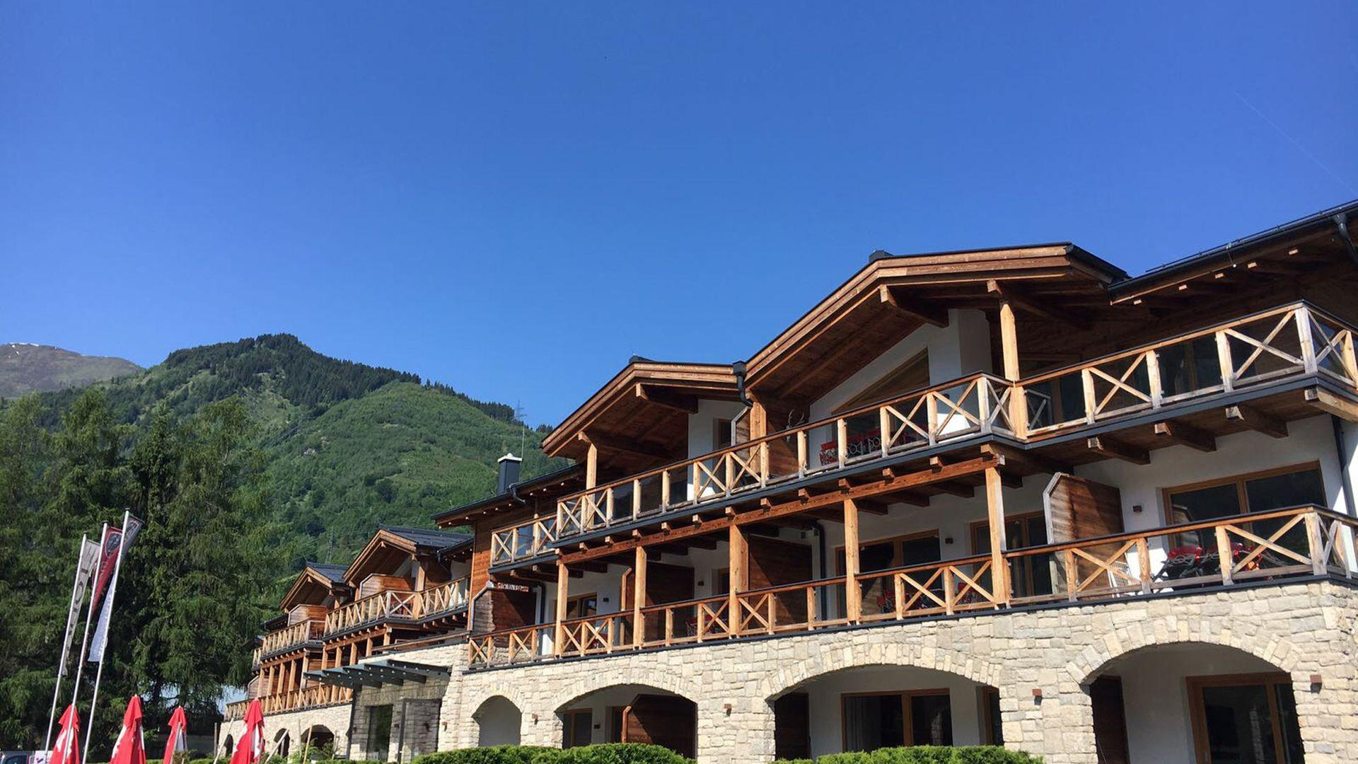 4* Avenida Mountain Lodges