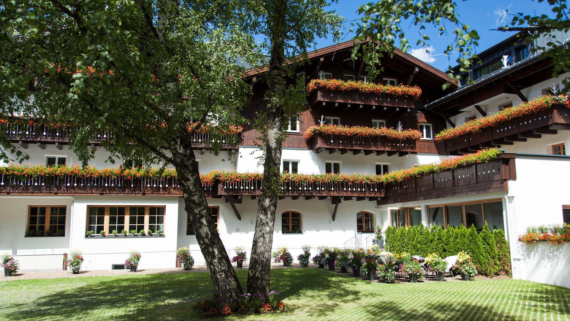 4* Valluga Hotel