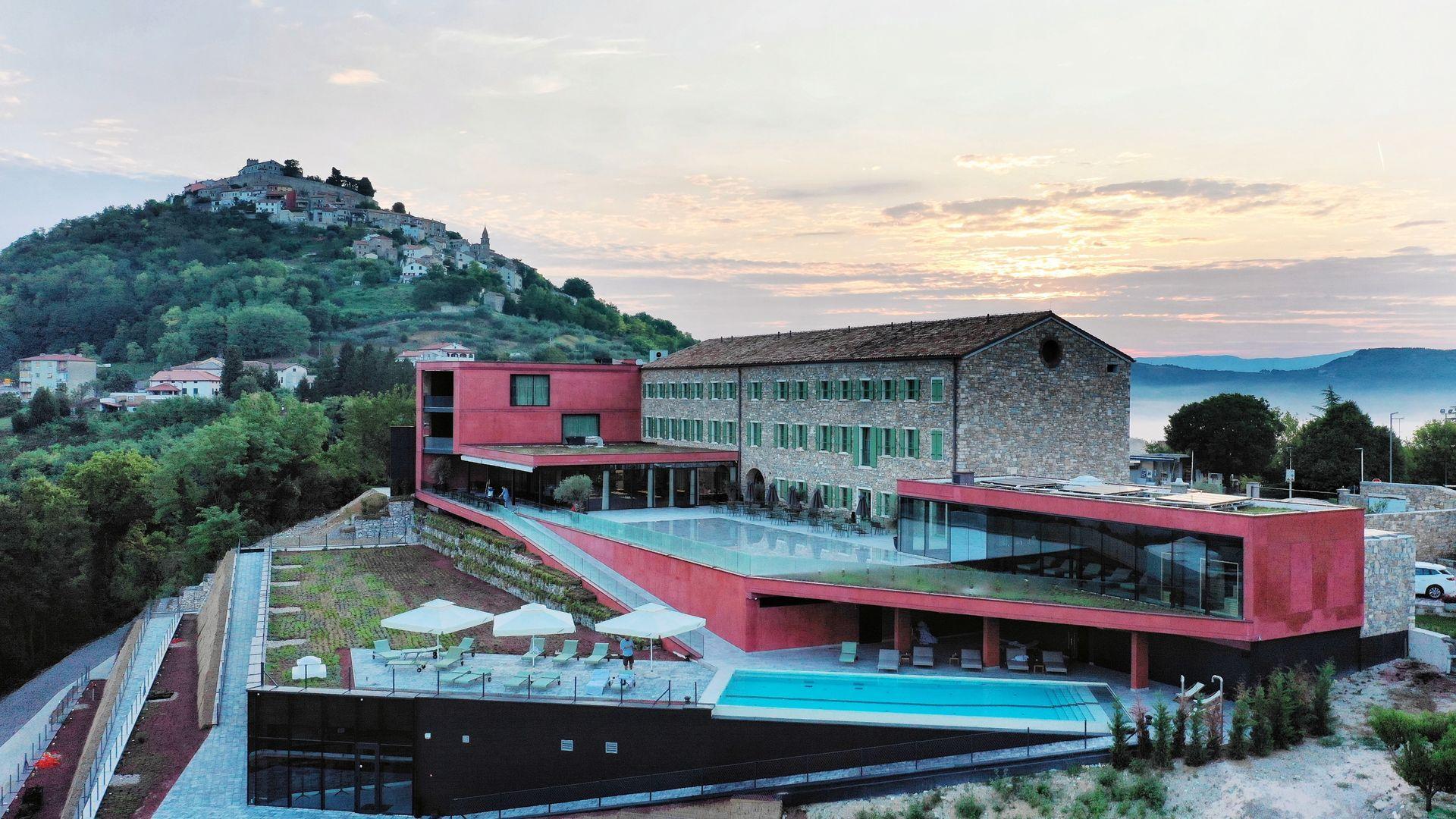Wine & Heritage Hotel ROXANICH